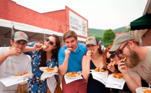Fans enjoy cornbread, image from chattanoogafun.com
