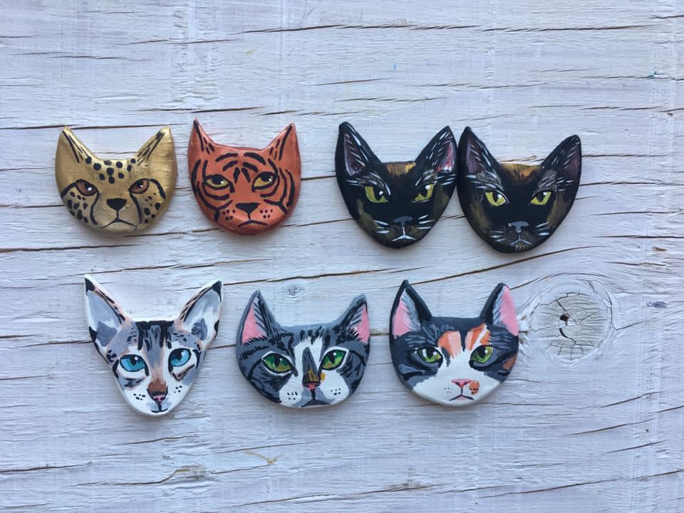 Moon and Co Art magnets